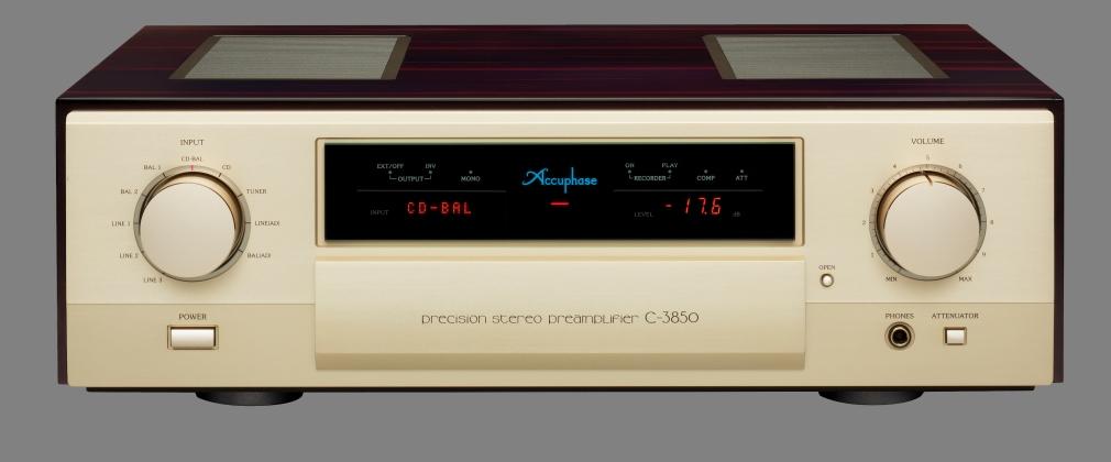 Accuphase C-3850 voorversterker. (Klik op de afbeelding voor meer details )